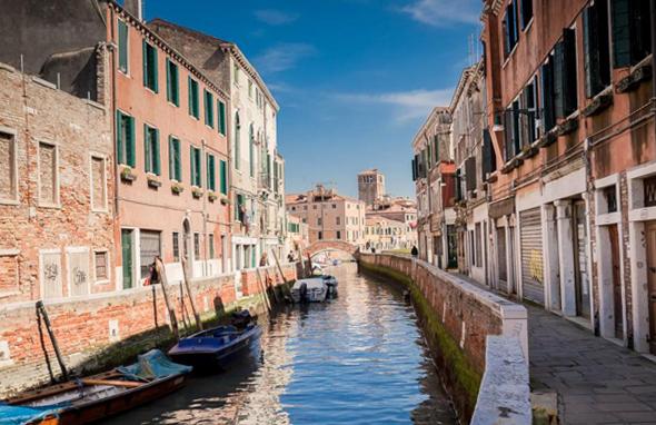 Гости Венеции и Рима будут платить еще больший туристический налог