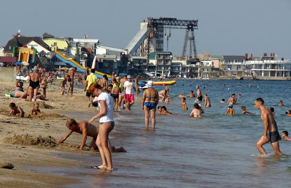 В Крым выгодно полететь и в бархатный сезон