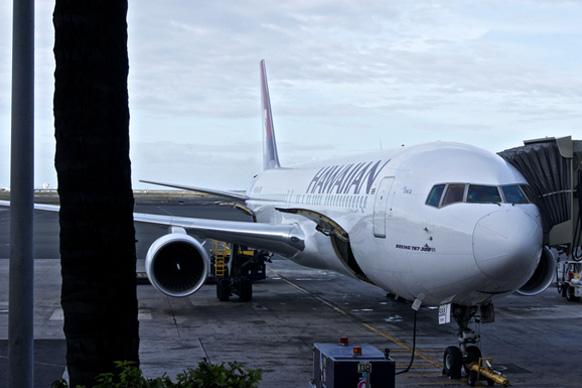 Пассажиры не могут доехать до аэропорта на Гавайях: нет указателей