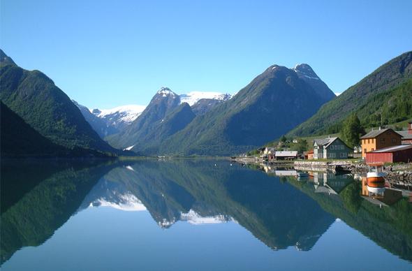 Норвегия и Мурманская область не прекратят сотрудничества в сфере туризма