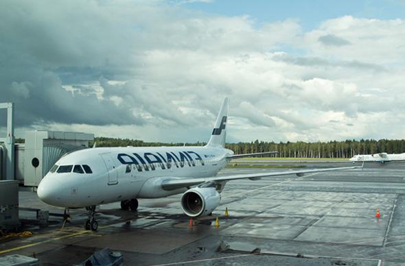 Пассажиры смогут обменивать валюту в аэропорту Хельсинки круглосуточно