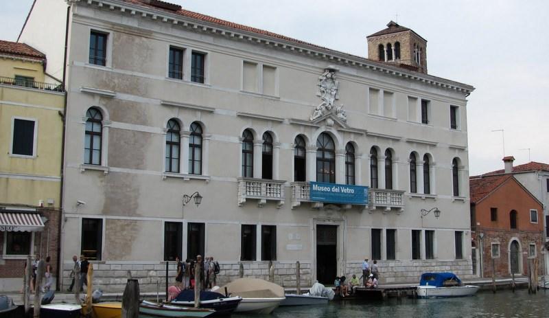 Реконструкция музея муранского стекла в Венеции завершена