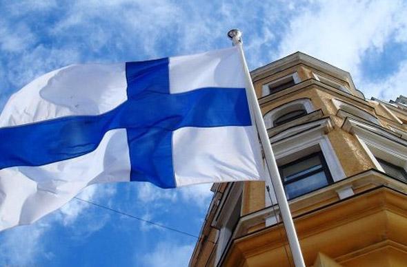 Визовые центры Финляндии в СПб замедлили темп выдачи виз