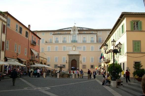 Летний дворец Папы Римского