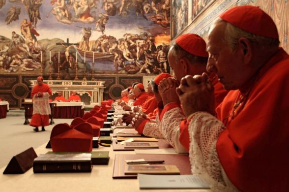 Журналисты обвиняют чиновников Ватикана в воровстве