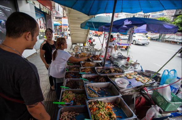 Из Бангкока исчезнет уличная еда