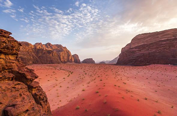 Иордания решила привлекать туристов лагерем как на Марсе