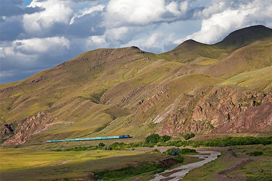 казахстан поезд